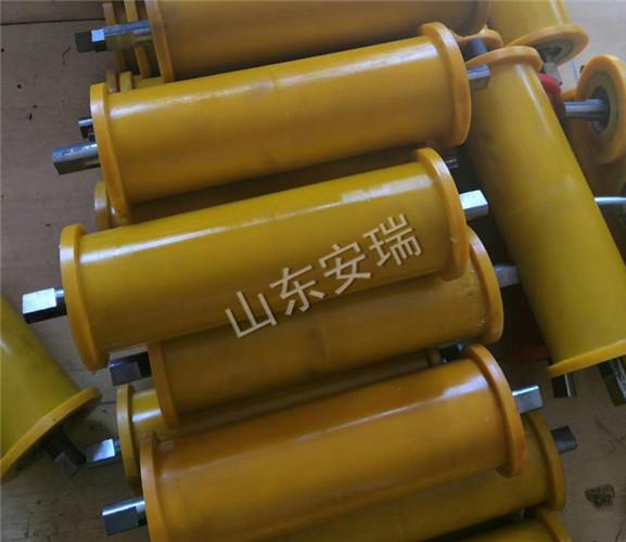 煤矿聚氨酯地滚轮型号齐全结实耐用